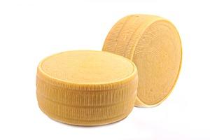 Parmesan block 350 200 IMG_0357
